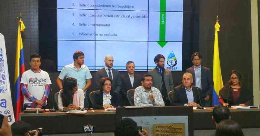 Organizaciones ambientalistas y congresistas radican Proyecto de Ley que prohibiría el fracking enColombia